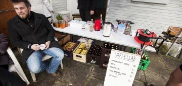 Der var da vaffles, og da slivovice, og solbærsaft, og da belgiske øl en mas, JAWEL! © Photo: Uggi Kaldan // AltomCykling.dk