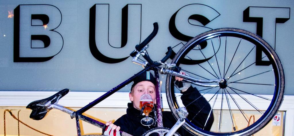 BUST - AltomCykling.dks yndlings rekreationsbar efter hård cykeltræning © Photo: Lasse Kofod og Ja-Hatten