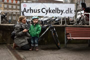 Cykelby Aarhus afholder cyklen i centrum på rådhuspladsen i Aarhus.