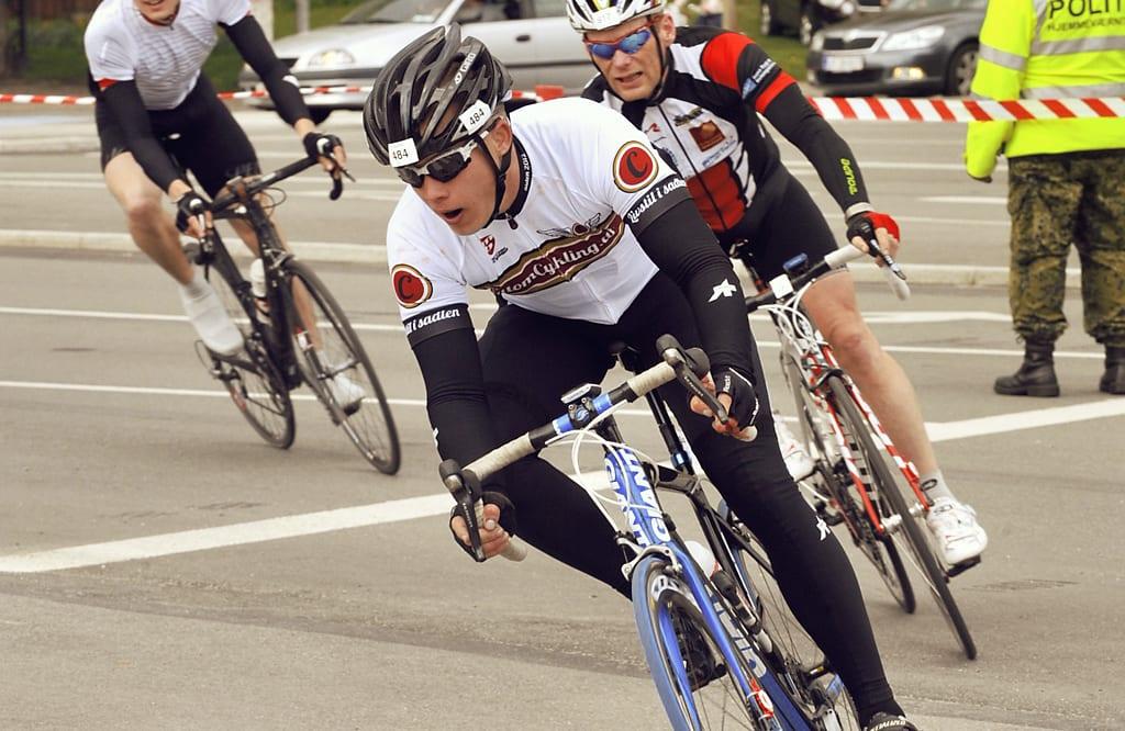 Rasmus giver den fuldt gas på opløbet © Photo: Marathon Photos