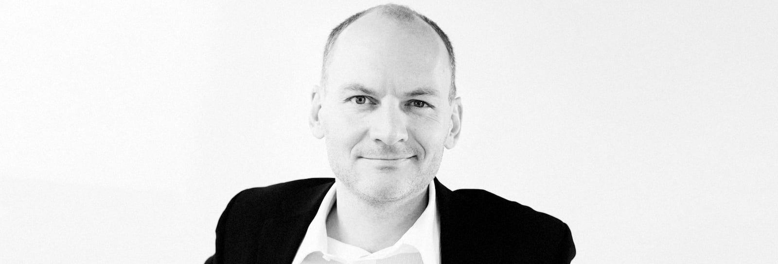 Claus Hembo tilbyder Folsach nyt job
