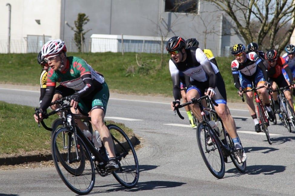 Jeppe Tolbøll fra AltomCykling.dk til væddeløb i Hobro © Foto: LAFoto.dk