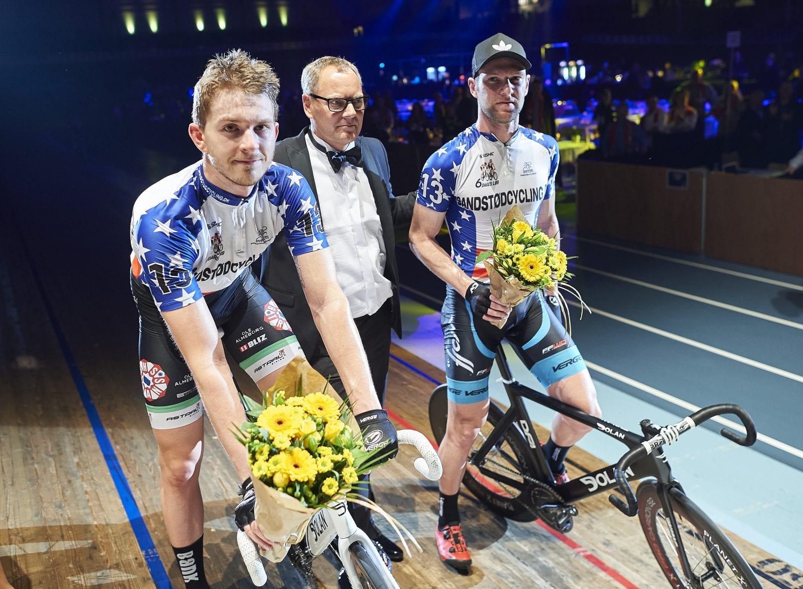 Roy Pieters and Simon Bigum (tv) vinder handicap jagten pŒå dag 5 / 6 Dagesløbet i Ballerup Super Arena. Foto © Lars Rønbøg / 6dageslobet.dk