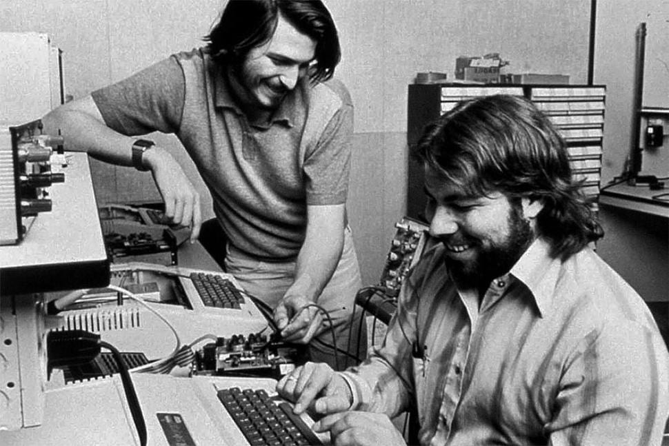 apple garage steve jobs and wozniak